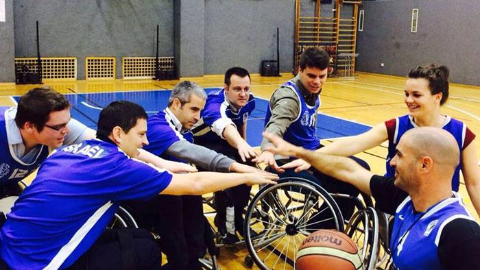 Roei Ben Tolila with his team at Beit Halochem